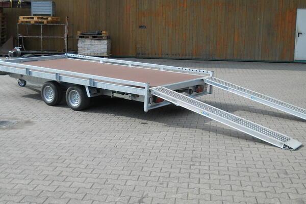 Fahrzeugtransporter, 2700 kg